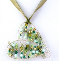 Wirework Chic Heart Pendant Jewellery Making Kit with SWAROVSKI® ELEMENTS - Green tones